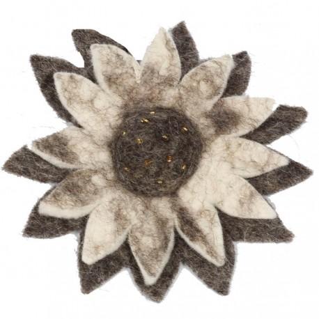 Grosse broche fleur laine bouillie femme enfant tournesol gris