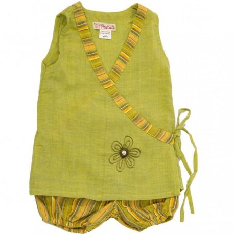Tunica corazon cruzado pantalon corto buffado verde limon