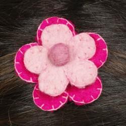 Prendedor pelo nina clip flor lana fieltro bordado rosa