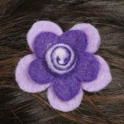 Prendedor pelo nina clip flor lana fieltro espiral violeta