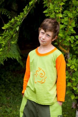 Long sleeves tee shirt Ganesh and moroccan trousers